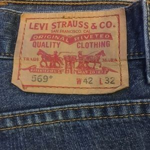 VTG 42/32 Men's Levi's 569, med blue 100% cotton